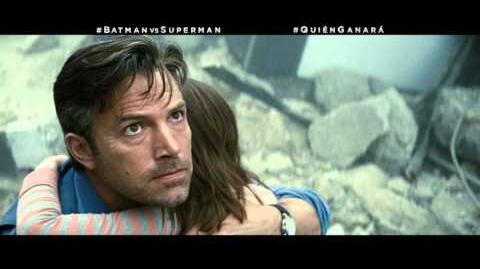 """BATMAN VS SUPERMAN EL ORIGEN DE LA JUSTICIA - Enemigo 30"""" - Oficial Warner Bros"""