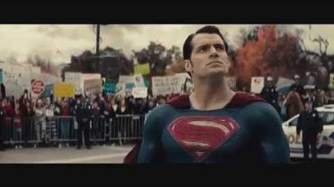 Batman v Superman El Amanecer de la Justicia – Tráiler Comic-con en español HD