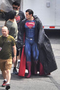 Henry Cavill on BvS set