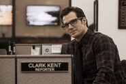 Henry-cavill-clark-kent-batman-vs-superman