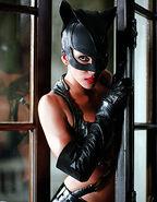Halleberry-catwoman 2004