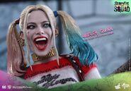 HT Harley Quinn 4