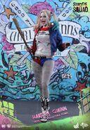 HT Harley Quinn 1