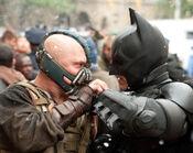 Bane and Batman 01