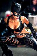 Halle-berry-catwoman-body-81c6f