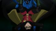 Blue Beetle vs Robin JLvsTT 2