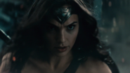 Wonder Woman (DCEU) fight with Doomsday (3)