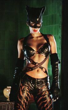 Halle Bery Catwoman.jpg