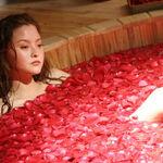 Kasumi petal bath.jpg