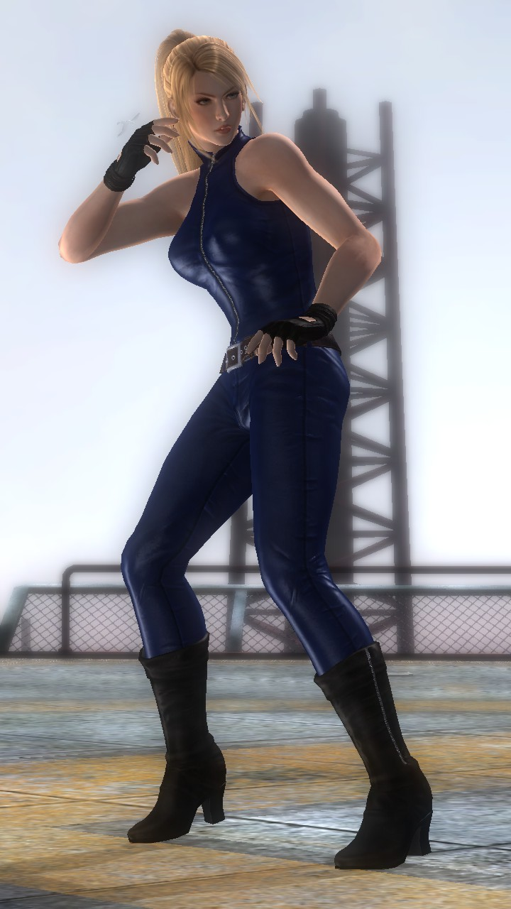 Sarah Bryant/Dead or Alive 5 Ultimate costumes