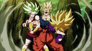 Dragon-Ball-Super-Episode-114-0092-Goku-Super-Saiyan-Kale-Caulifla