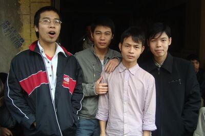 Team Chùy Lông.
