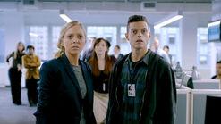 Mr-robot-season-1-review-spoilers-angela-moss-and-elliot-alderson