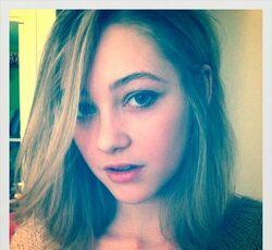 Olivia scriven twitter StAZrhw.sized.jpg