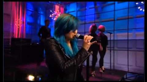 Demi Lovato performing Neon Lights LIVE on Jay Leno! 2013!