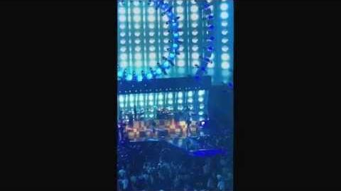 Demi_Lovato_and_Third_Eye_Blind_Stephan_Jenkins_at_iHeart_Radio_Music_Festival_2015_Night_1