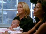 Gaby, Lynette et son bébé