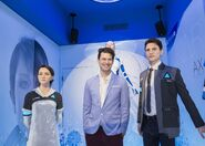 Bryan Dechart with the statues of Kara and Connor (2)