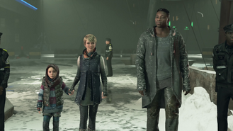 Kara, Alice and Luther, Battle for Detroit, at the bus terminal