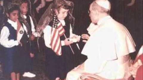 Pío XII reza el Padrenuestro