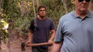 22 Dexter follows Arthur with an axe S4E7