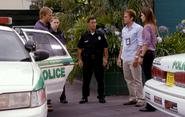 Unis, Barry, Dexter, Deb S5E9