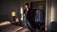 Travis steals Dexter's shirt S6E12