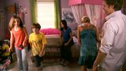 18 Deb stays in Astor's bedroom S4E5