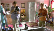 Dexter photographs bathtub crime scene