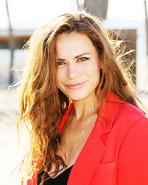 Bethany Joy Lenz6