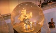 Snow globe murder weapon