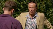 Liddy needs Quinn to bust Dexter 511