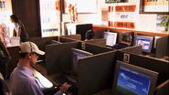 Travis in internet cafe S6E10