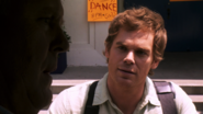 19 Arthur persuaded to take Dexter S4E8