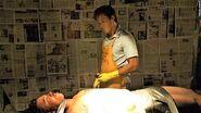 Dexter improvises a kill at Boyd's house