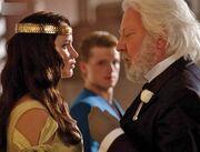 Katniss snow crown.jpg
