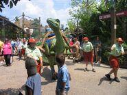 Lucky the Dinosaur (13954963)