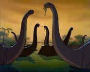 Un branco di brontosauri