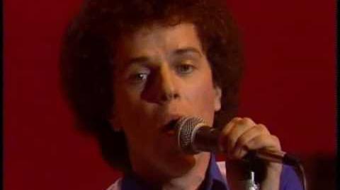 Leo_Sayer_-_You_make_me_feel_like_dancing_(1976)