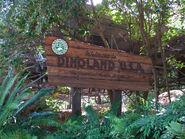 Dinoland USA Sign
