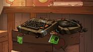 S2e7 broken laptop