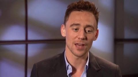 Tom Hiddleston Talking about Miss Piggy and Muppets Most Wanted