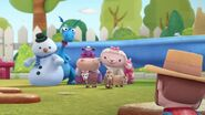 Doc-McStuffins-Season-3-Episode-17-Three-Goats-A-Cuddlin---Swimmer-s-Belly