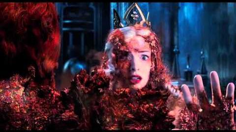 Disney Alice Through The Looking Glass Final Trailer Wonderland Johnny Depp