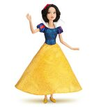 2012 Snow White Classic 12 Doll