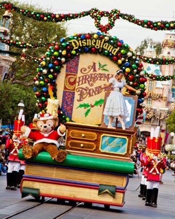 Central La Christmas Parade 2021 A Christmas Fantasy Parade Disney Wiki Fandom