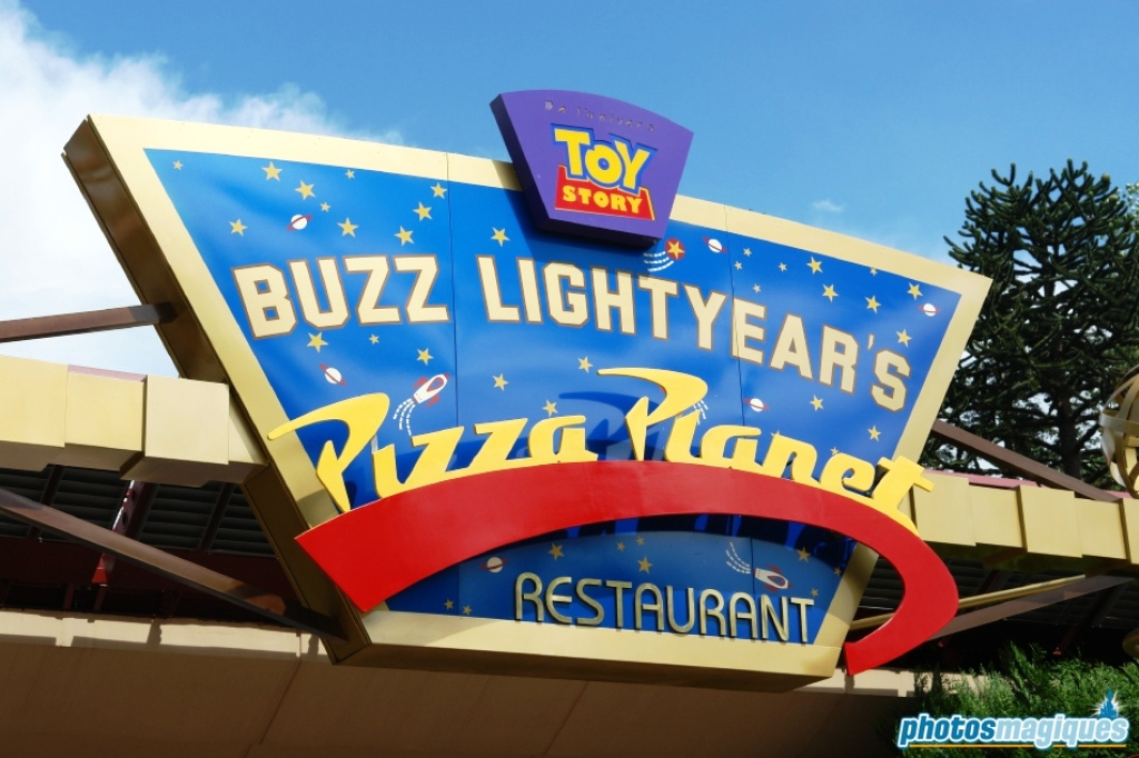 Toy Story Pizza Planet Arcade