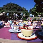 Mad Tea Party Disneyland 3