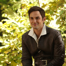 Once Upon a Time - 7x02 - A Pirates Life - Photogrpahy - Henry.jpg