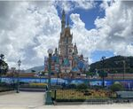 Hong-kong-disneyland-castle-magical-dreams-3